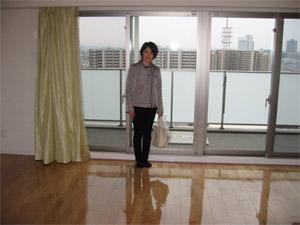 東京都荒川区でUVフロアコーティングをするならクリーンエクスプレスにお任せください