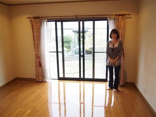 愛知県の在宅物件へUVフロアコーティング