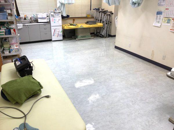 クリニック(医院)へのUVフロアコーティング