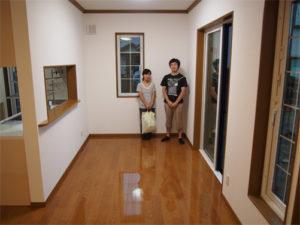 神奈川県の一条工務店にUVフロアコーティングを施工
