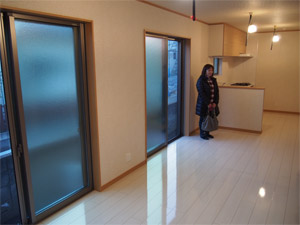 千葉県の新築一戸建てにUVフロアコーティングを施工