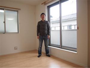 東京の一戸建てにフローリングガラスコーティングを施工